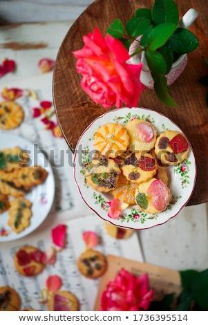 Virágmintás szirmok tejföl klasszikus étel háttér Stock fotó © zoryanchik