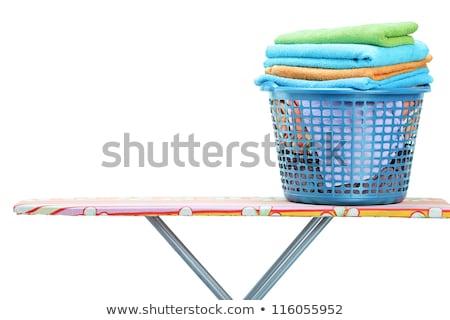 Cestino di lavanderia bordo isolato vestiti rosso Foto d'archivio © marimorena