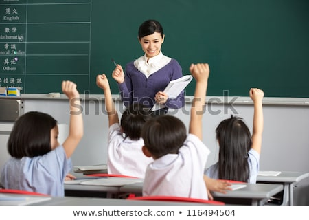 maestro · estudiantes · chino · escuela · aula · mujeres - foto stock © monkey_business