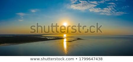 dramatisch · wolk · zonnestralen · foto · hemel · zonsondergang - stockfoto © petrmalyshev