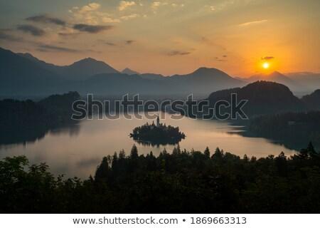 熱 · 日落 · 水面 · 景觀 · 海 · 海洋 - 商業照片 © kayco