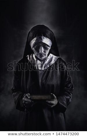 ijesztő · gonosz · apáca · közelkép · véres · fogak - stock fotó © nito