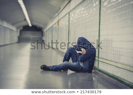 Jonge man verlaten verloren depressie gezicht stad Stockfoto © Lopolo