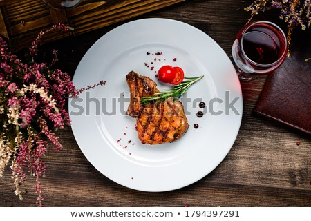 Stockfoto: Tuna Steak Cooking On A Grill