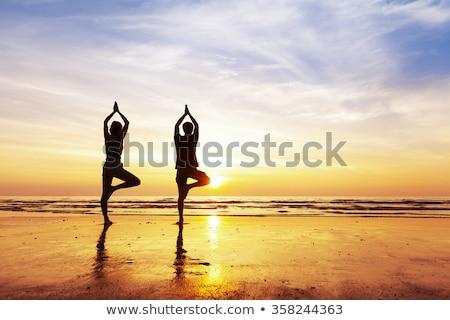 Stock fotó: Jóga · Karib · fiatal · gyönyörű · nő · tenger · tengerpart