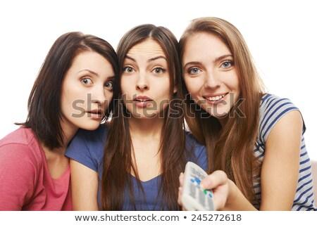 tres · sorprendido · amigos · control · remoto · estudiante · equipo - foto stock © Paha_L