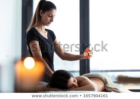 Terapeuta depilação com cera de volta estância termal centro Foto stock © wavebreak_media