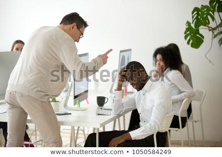 woedend · zakenman · schreeuwen · wijzend · vinger - stockfoto © rastudio
