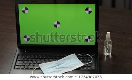 Stock fotó: Takarítás · munkás · kulcs · üzletember · üzlet · öltöny