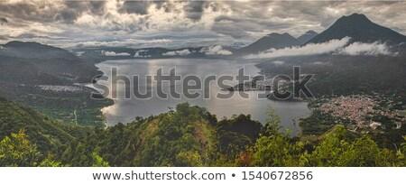 gündoğumu · göl · dağlar · gökyüzü · ağaç · çim - stok fotoğraf © thp