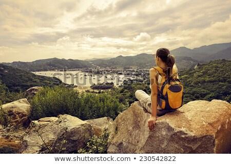 Nő hegymászás égbolt sport fitnessz biztonság Stock fotó © IS2