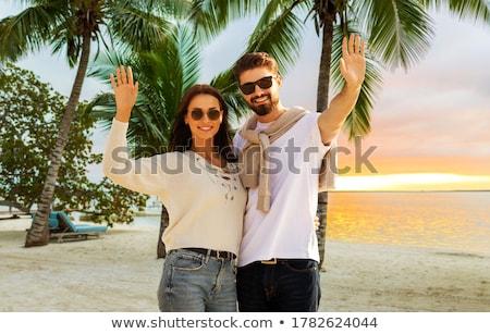 Szczęśliwy młoda kobieta egzotyczny wyspa plaży podróży Zdjęcia stock © dolgachov