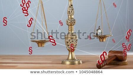 Image montre de poche justice échelle bois marteau Photo stock © wavebreak_media