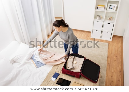 Foto stock: Mulher · viajar · saco · casa · quarto · de · hotel