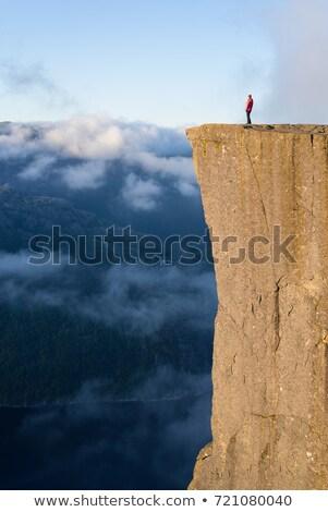 Rock Norwegia zdumiewający słynny atrakcją turystyczną Zdjęcia stock © Kotenko
