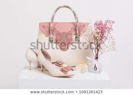 Weiblichen Handtasche Schuhe Bouquet getrocknet Blumen Stock foto © olira