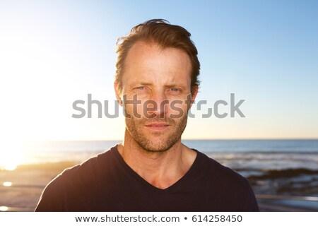 Loisirs homme yeux bleus portrait heureux maison Photo stock © meinzahn