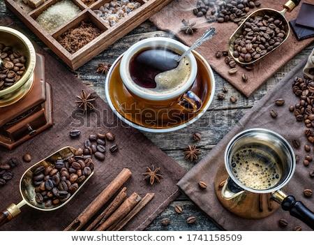 Kawy cynamonu drewna Kafejka sklep czarny Zdjęcia stock © yelenayemchuk