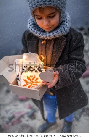 Portret weinig mooie meisje buiten gelukkig Stockfoto © Lopolo
