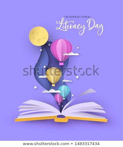 открытой книгой воздушном шаре бумаги плоскости небе дизайна Сток-фото © yupiramos