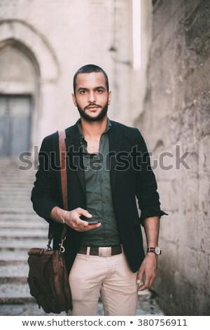 portret · peinzend · jonge · zakenman · pak - stockfoto © feedough