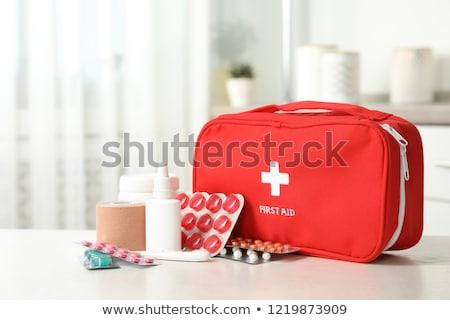 Premiers soins cas santé hôpital signe médecine Photo stock © nezezon