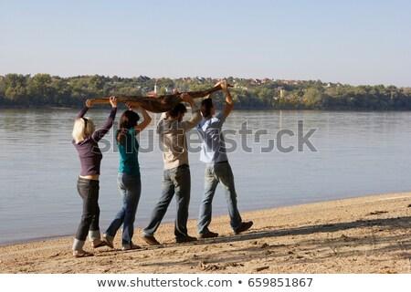 Stock fotó: Négy · barátok · hordoz · tó · tengerpart · pár