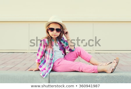 mooie · vrouwelijke · kid · haren · mode · kleding - stockfoto © elenabatkova