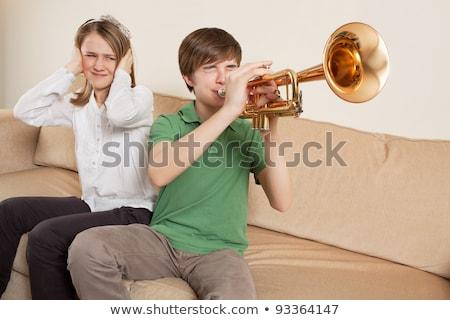 少年 · 演奏 · トランペット · 音楽 · 子 · 楽しい - ストックフォト © sumners