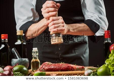 Chef molinillo de pimienta maduro blanco de trabajo Foto stock © wavebreak_media