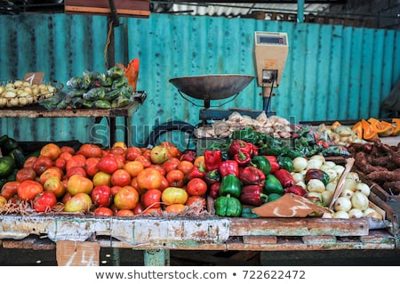 Cuba alimentos tienda La Habana edificio coches Foto stock © weltreisendertj
