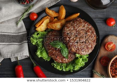 hús · serpenyő · sült · vágódeszka · paradicsom · zöldség - stock fotó © Digifoodstock