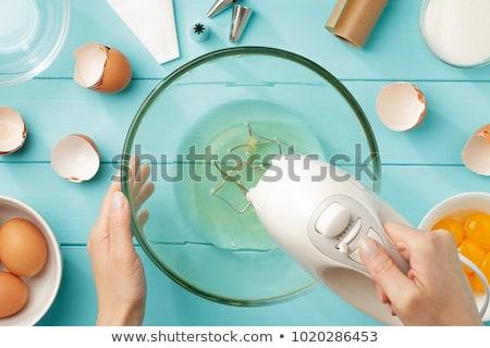 Uovo bianco tuorlo vetro ciotola fresche Foto d'archivio © Digifoodstock