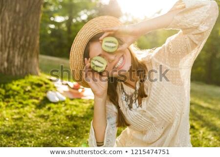 киви · фрукты · женщину · весело · здорового · смешные - Сток-фото © deandrobot