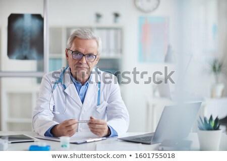 grijs · haar · senior · arts · ziekenhuis · portret - stockfoto © lunamarina