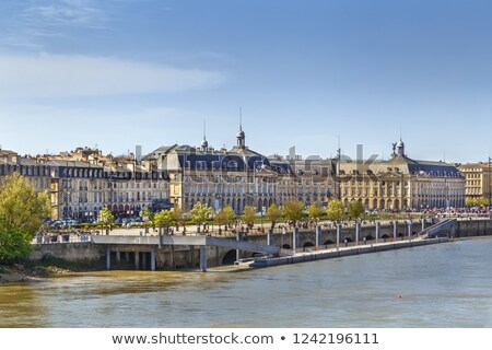Rivier Frankrijk huizen huis stad Stockfoto © borisb17