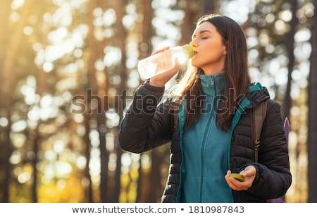 Dziewczyna woda pitna lasu spragniony dziecko komunikacji Zdjęcia stock © wavebreak_media