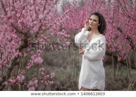 Dame vrouw witte trui Stockfoto © ElenaBatkova