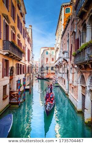 ゴンドラ 観光客 チャンネル ヴェネツィア 古い 建物 ストックフォト © vapi