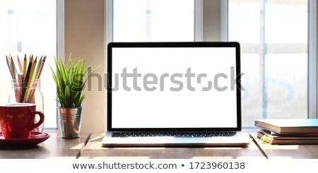 Ev ofis işyeri dizüstü bilgisayar tablo parlak Stok fotoğraf © karandaev