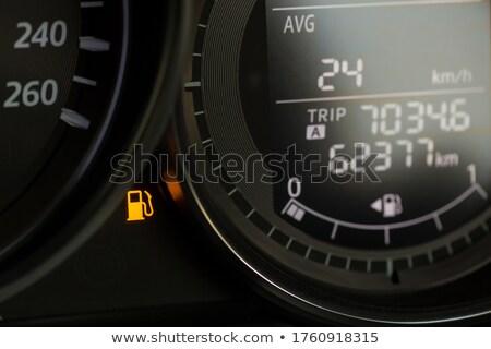 Alacsony benzin műszerfal fény 3d render extrém Stock fotó © albund