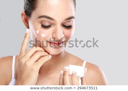 gyönyörű · lány · jelentkezik · krém · arc · fiatalság · bőrápolás - stock fotó © serdechny