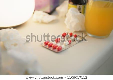Suco de laranja cápsulas saúde fruto laranja suco Foto stock © yupiramos
