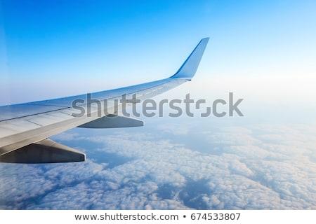 Stockfoto: Vliegtuig · vleugel · grond · venster · vliegtuig