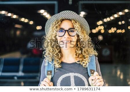 retrato · loiro · mulher · roxo · jaqueta - foto stock © acidgrey