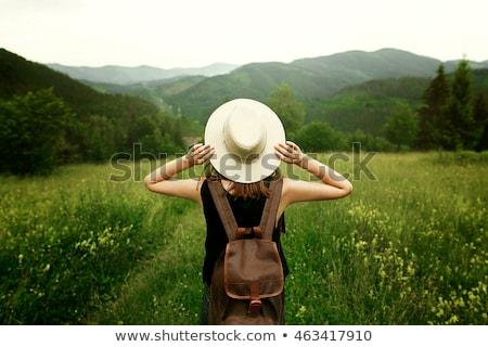 Foto stock: Menina · viajar · natureza · ilustração · árvore · primavera