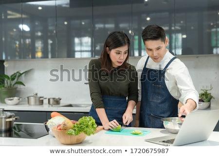 aantrekkelijk · jonge · vrouw · vergadering · witte · tabel · Geel - stockfoto © photography33
