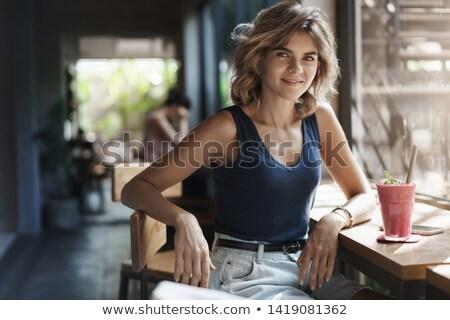 femme · d'affaires · téléphone · isolé · blanche · affaires · femme - photo stock © wavebreak_media