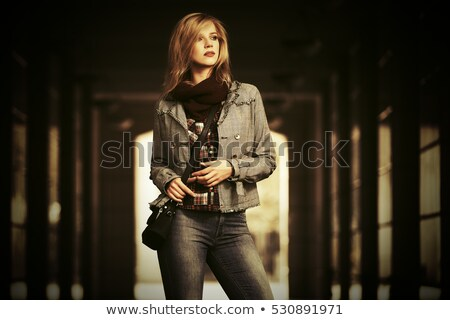 модный · женщину · пальто · шарф · студию - Сток-фото © neonshot
