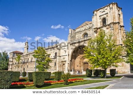 templom · Spanyolország · kórház · gótikus · torony · galéria - stock fotó © Photooiasson